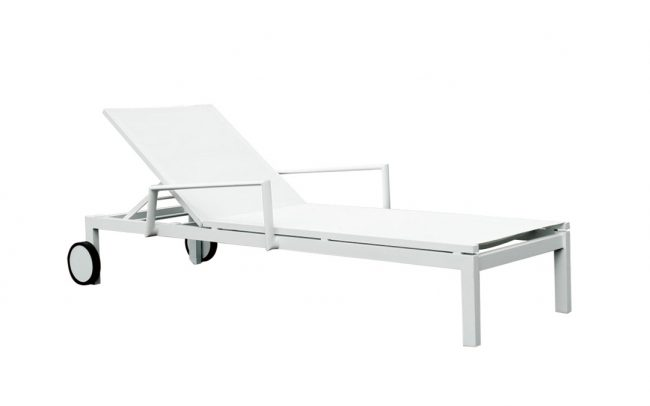 York Aluminum/sling sunlounger, single sling, with armrests and wheels